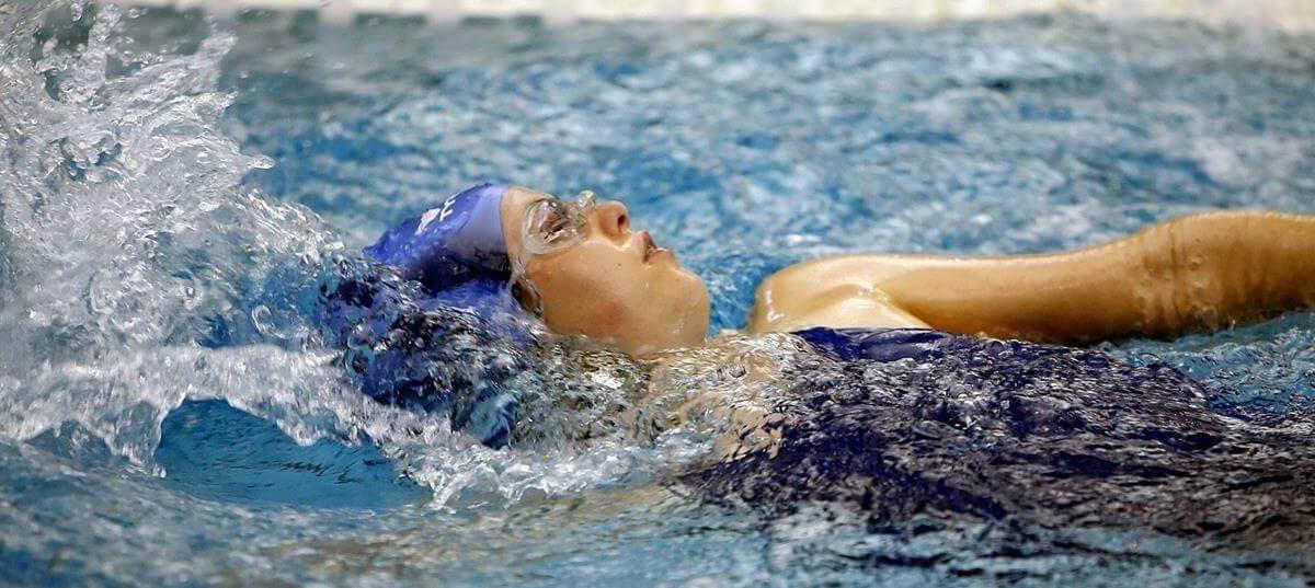 Zatyczki do uszu na basen – jakie kupić?