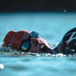 pływanie stylem klasycznym żabką - zalety i efekty